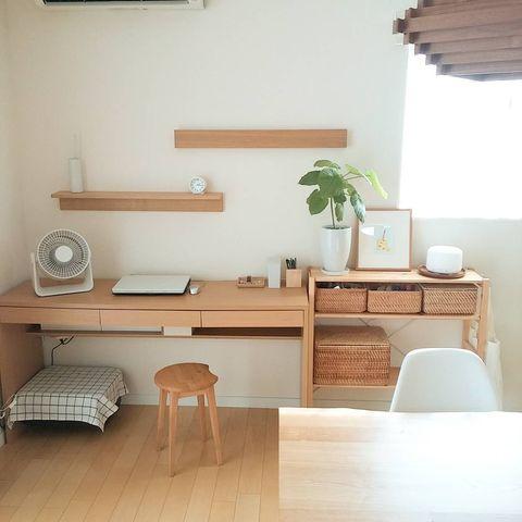 おしゃれな壁に付けられる家具