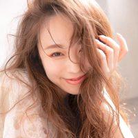 イエベ秋に似合うハイトーンはこれ。レングス別にお手本にしたいおしゃれな髪色