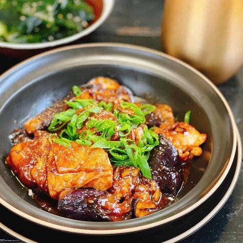 鶏肉となすの中華風辛味噌炒め