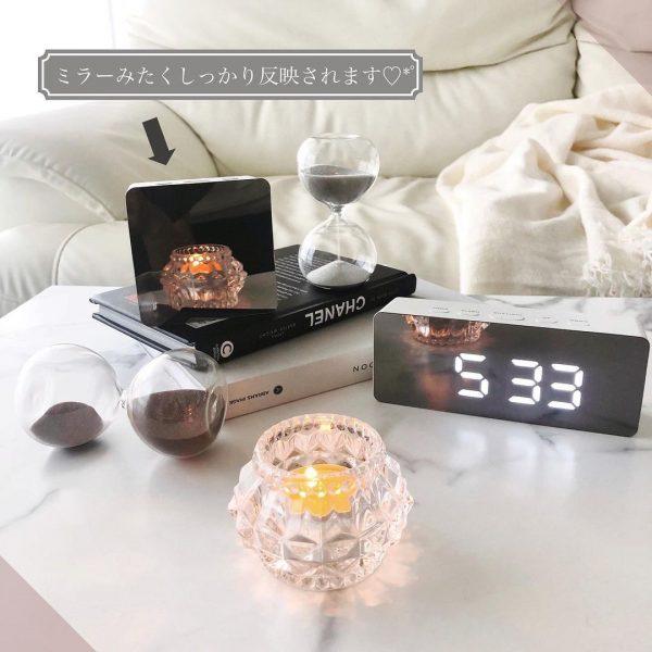 大人気アイテムのミラーデジタル時計