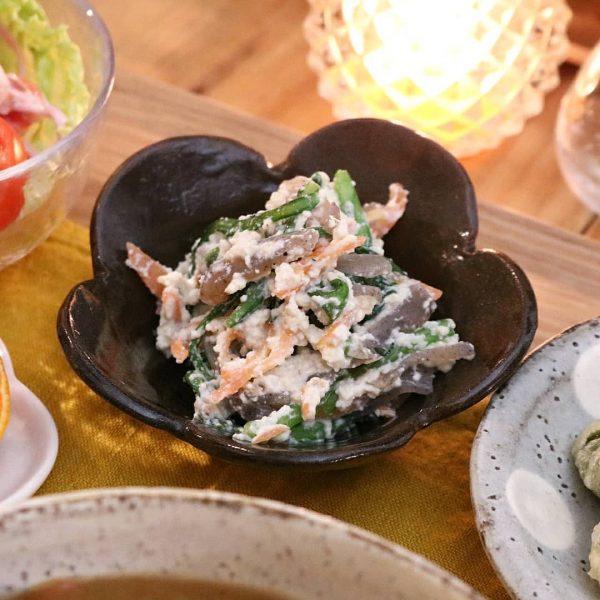 和食の副菜に人気のレシピなら春菊の白和え
