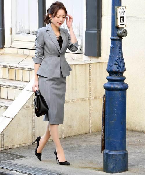 レディースジャケット×ストライプタイトスカート