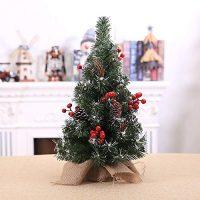 賃貸にも◎な一人暮らしに人気のクリスマスツリー。小さめでもおしゃれなアイテム