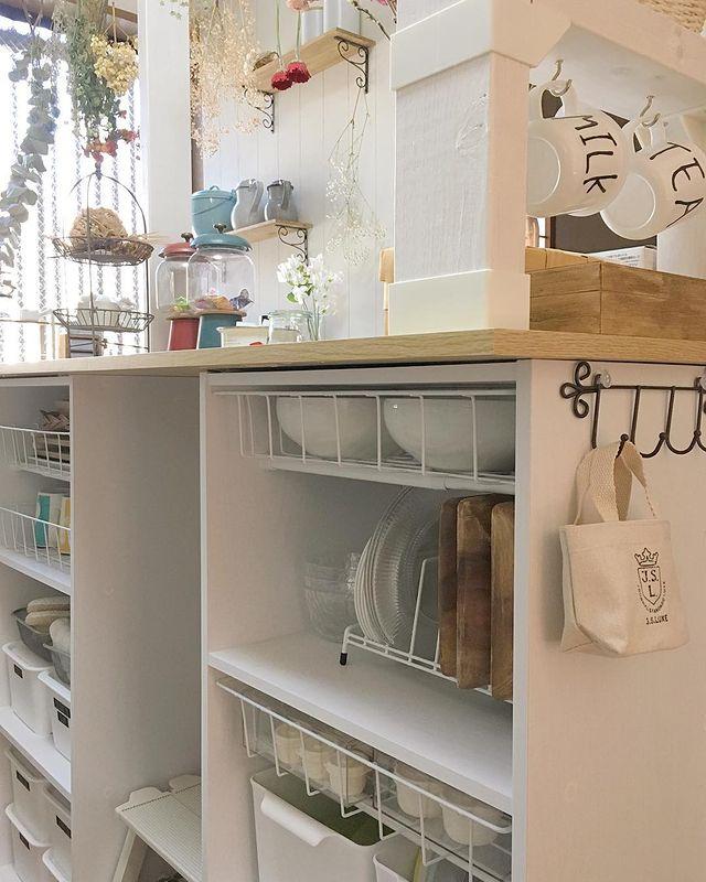 カラボで手作りしたキッチンカウンターの収納