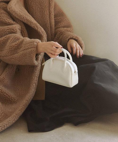 ミニマムなサイズ感が今年らしいバッグ