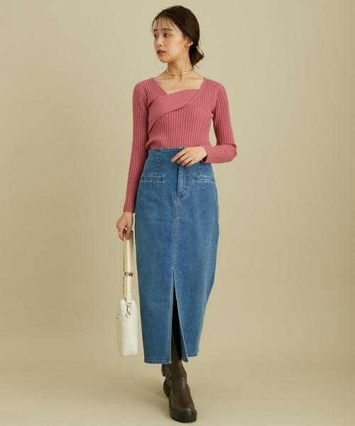 ストレッチで履き心地の良い、ハイウエストタイトスカート