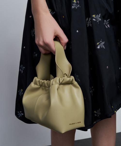 [CHARLES & KEITH] プレーテッドホーボーバッグ / Pleated Hobo Bag