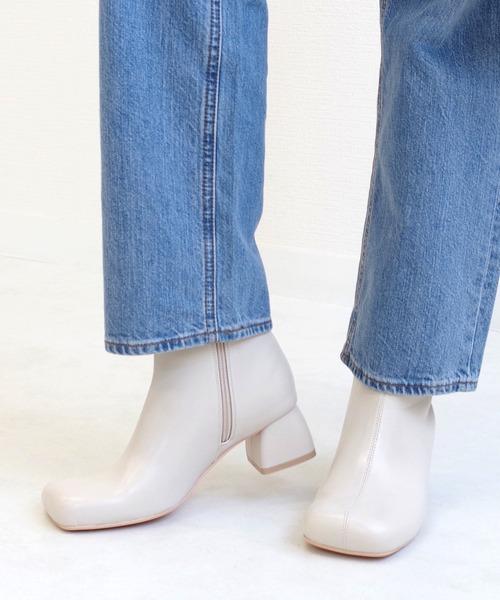 【AmiAmi】ワイドスクエアトゥブーツ ショートブーツ