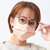 高性能で小顔効果もある人気マスクをご紹介!女性におすすめ《不織布マスク》16選