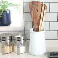 竹そのものの素材を楽しめる「菜箸」。いつもの料理がより愛情深いものに!
