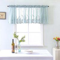 キッチンや窓におしゃれなカフェカーテンを。目隠しにもなる人気アイテム15選
