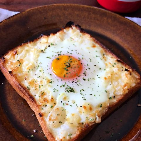 簡単で絶品な玉ねぎマヨエッグトーストレシピ