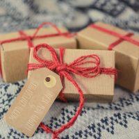 クリスマス女子会のプレゼント交換におすすめのギフト!予算別のおしゃれな商品
