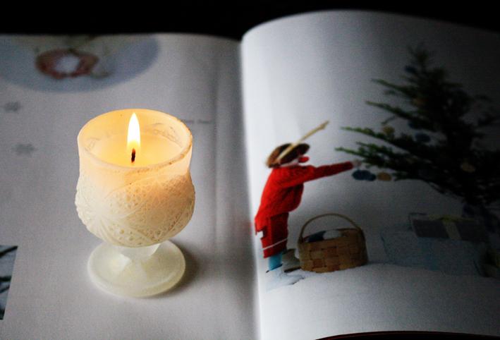 クリスマスらしいおしゃれなキャンドル