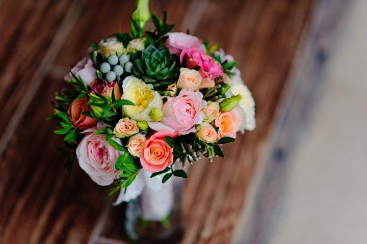 お花のある暮らしを楽しむ方法【飾り方】