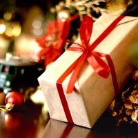 旦那さんが喜ぶクリスマスプレゼント18選!アイテム別のおすすめギフトを厳選