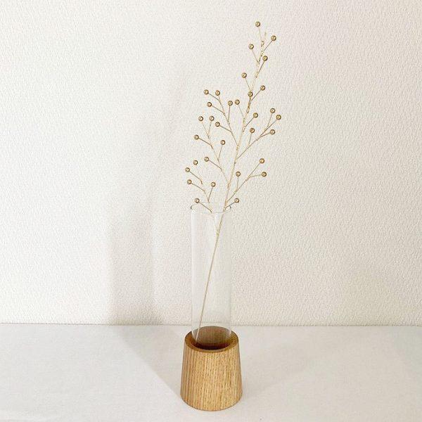 ブリキスティックとガラスの花瓶9