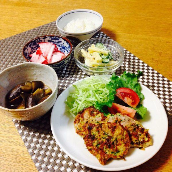 ピカタの献立に合う人気料理のマカロニサラダ
