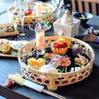ワンプレートのおせちの盛り付け例をご紹介。お正月の食卓を華やかに飾り付けよう