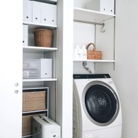 洗濯機周りは無印良品でスッキリ収納できる。シンプルでおしゃれなアイデアを伝授