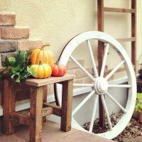 玄関をハロウィンモードにするインテリア特集。おしゃれな飾り付けグッズ16選
