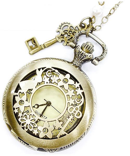 本物の懐中時計を使ったアクセサリー