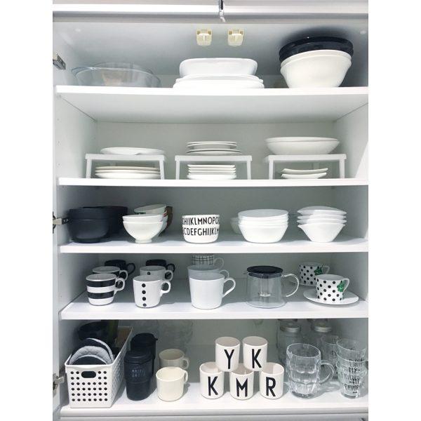 一人暮らしキッチンにもおすすめの食器棚シート