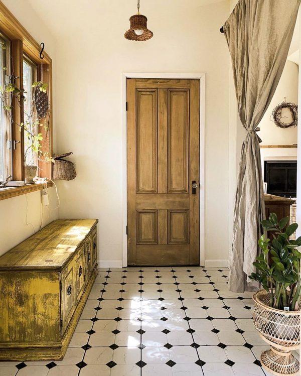 すぐ室内につながる可愛い玄関